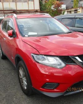 X- Trail, 2015, Red Color